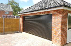 TD77 SEL Roller Garage Doors - Tradedor